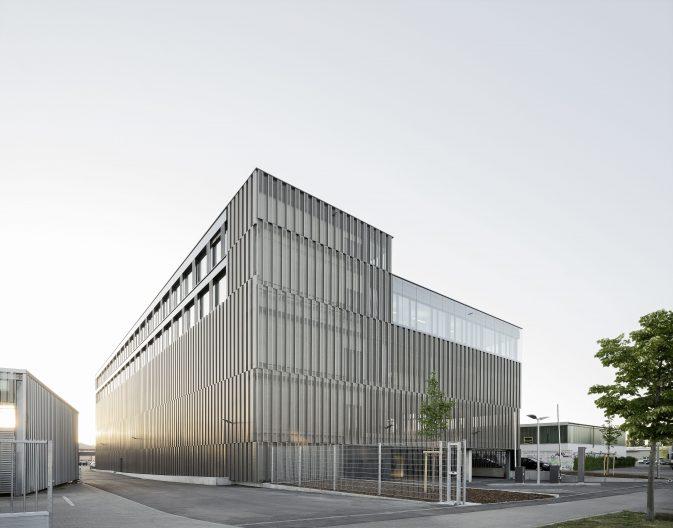 Lager- und Werkstattgebäude HVG, Aussenansicht
