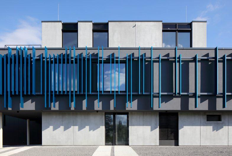 Schulz Feinbearbeitung, Fassade