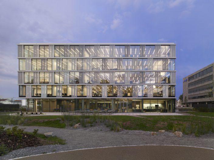 AEB Headquarters, Aussenansicht