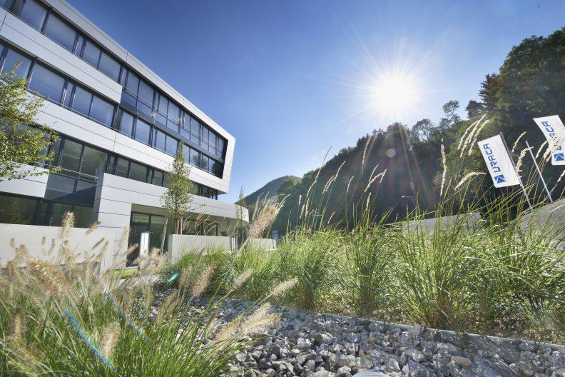 URACA Perspektive Freifläche Zugang Gebäude